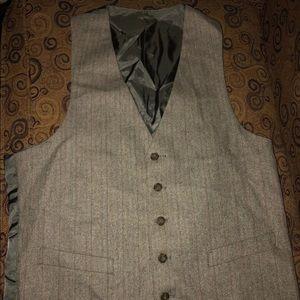 Men's, gray vest, 40R